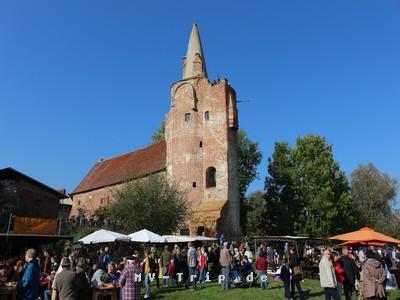 Appelmarkt Burg Klempenow